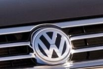 Nemecký Volkswagen zvyšuje zásoby svojich áut v Británii