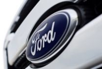 Ford zaznamenal vo 4. kvartáli stratu 1,7 miliardy USD