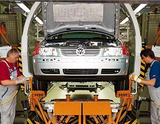 V bratislavskom Volkswagen zastavujú výrobu pre celozávodnú dovolenku