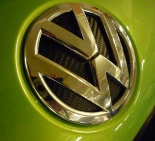 Volkswagen s čínskym partnerom FAW postaví v Číne tri závody