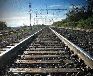 Senec a bratislavskú Petržalku by mohol v budúcnosti spájať vlak