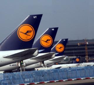 Letecká spoločnosť Lufthansa zvýšila zisk v 2. kvartáli o takmer 70 %
