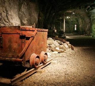 V Hliníku nad Hronom chce spoločnosť Regos ťažiť bentonit