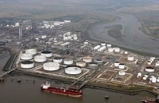Japonské rafinérie zastavili dovoz iránskej ropy