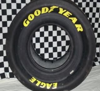Americký výrobca pneumatík Goodyear sa v 1. štvrťroku vrátil k zisku