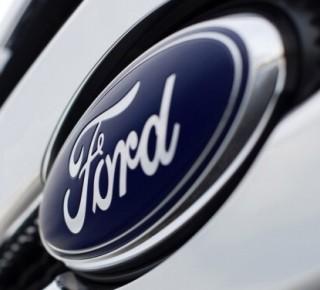 Ford pre clá na dovoz ocele a hliníka stratil 1 miliardu USD