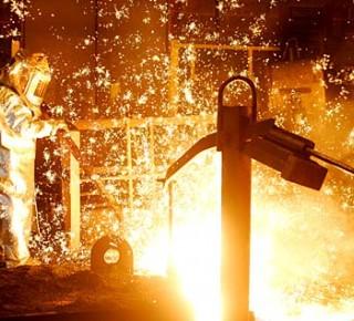 Oceliarne U. S. Steel pokračujú v obmedzenom režime výroby